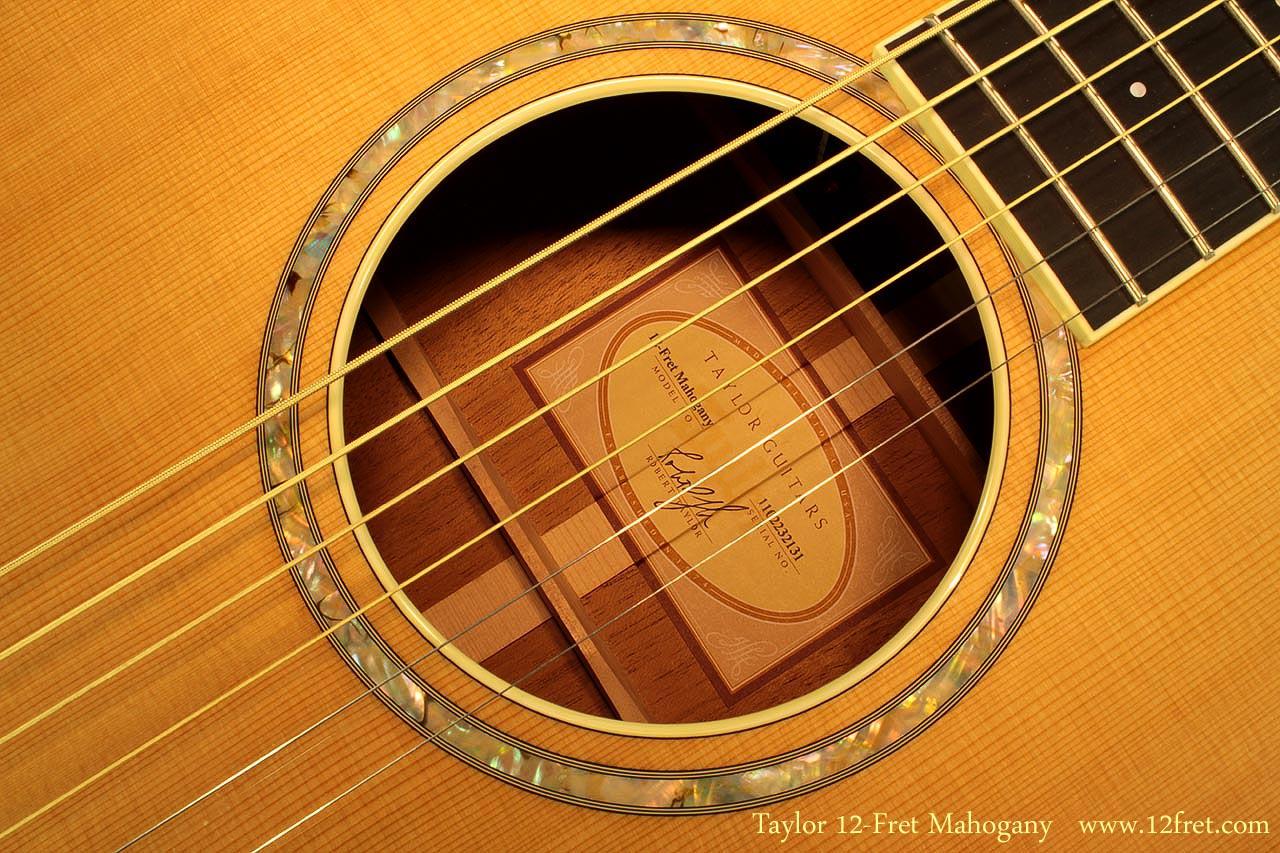 taylor-12fret-mahogany-label-2