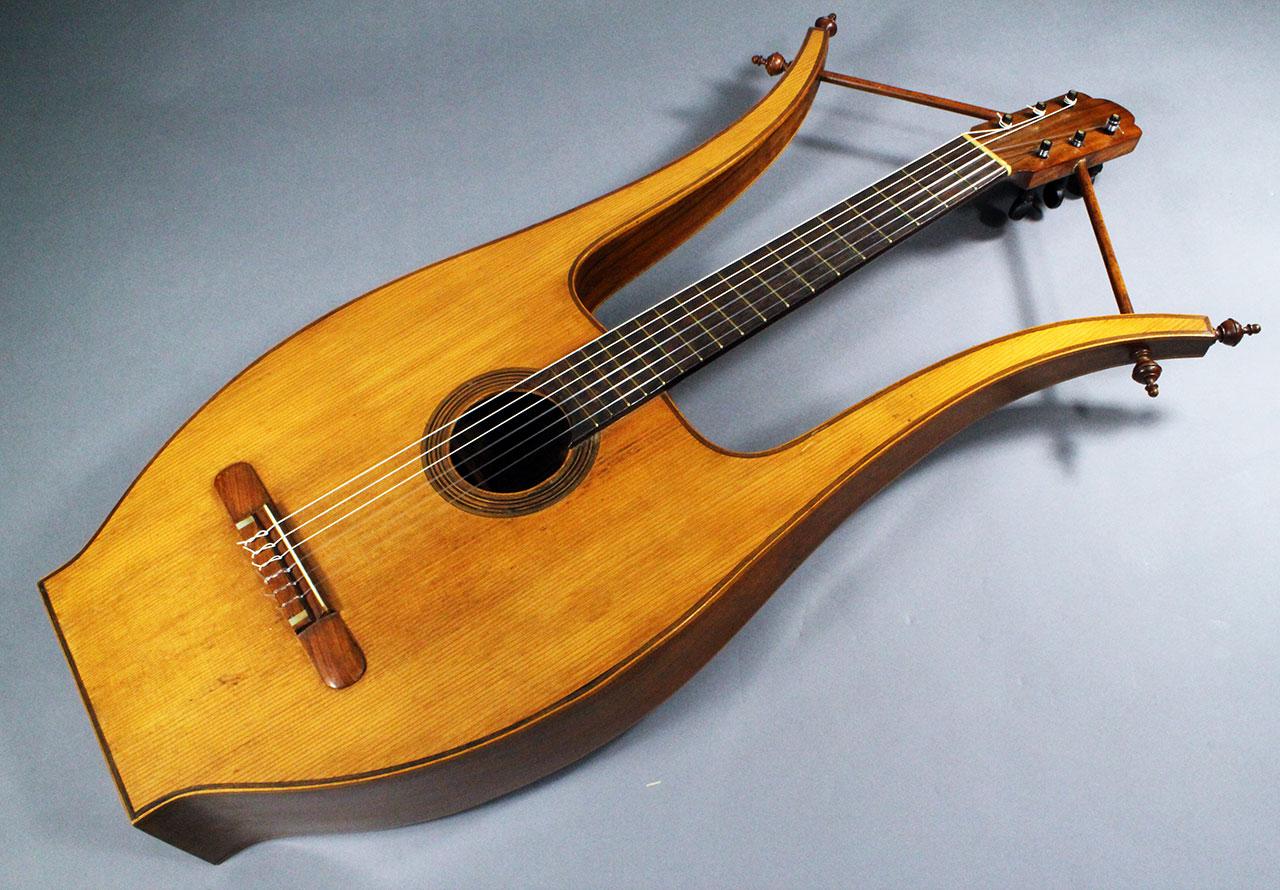 Telesforo_Julve_lyra_guitar_1900_cons_fu