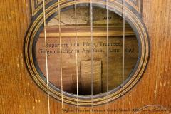 Stephan Thumhart Romantic Guitar, Munich 1820 Repair Label View