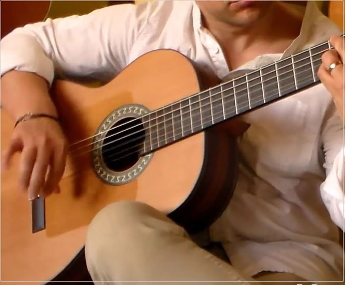 The Alhambra 10FP Piñana Flamenco Guitar - The Twelfth Fret