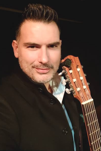 Carlos Piñana Performs for Qudud Flamenco Canada - The Twelfth Fret