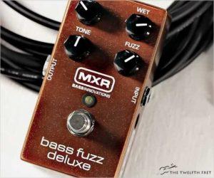 Dunlop MXR Bass Fuzz Deluxe Pedal - M84