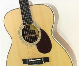 Eastman E8OM Steel String Guitar, Natural