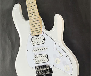 ❌ SOLD ❌  Ernie Ball Music Man Silhouette White, 2017