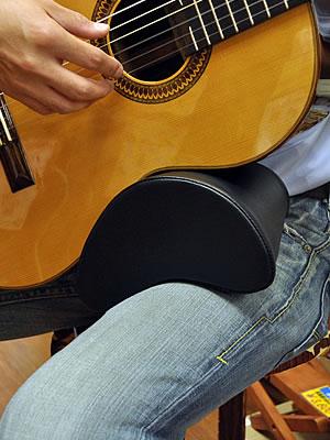 Dynarette Guitar Support Cushion - The Twelfth Fret