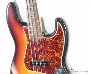 Fender 62 Reissue Jazz Bass Sunburst, 1982