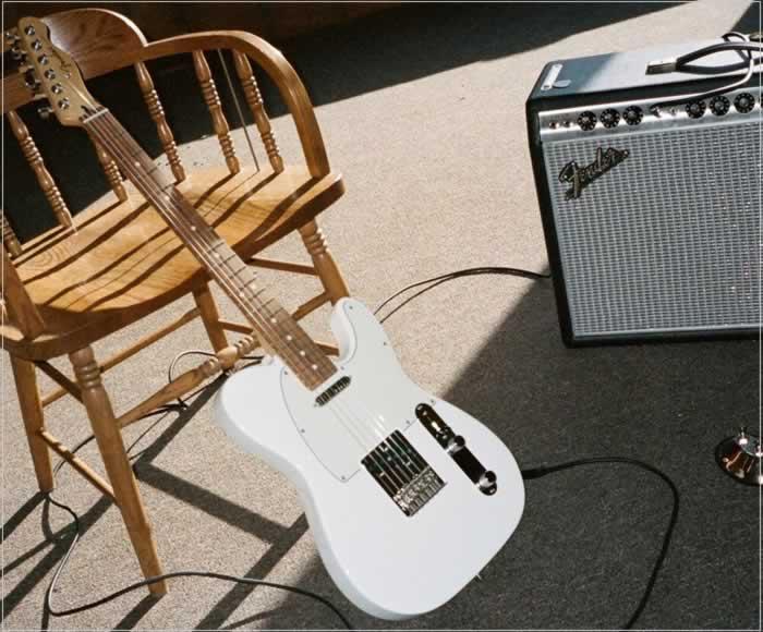 Fender Player Series - The Twelfth Fret
