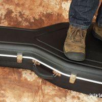 Hiscox Acoustic Guitar Flight-Case - The Twelfth Fret
