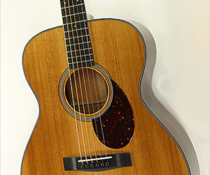 Huss and Dalton TOM-M Torrefied OM Mahogany Steel String