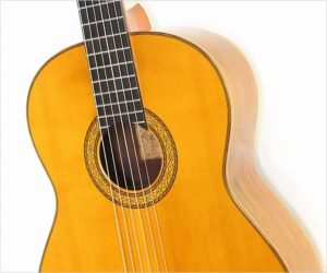 ❌SOLD❌ Kohno Model 20 Classical Guitar Spruce and Brazilian Rosewood, 1975