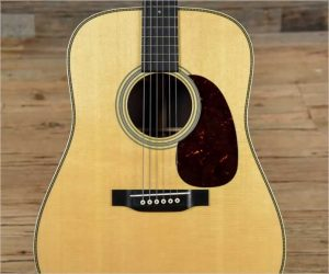 (Discontinued) Martin HD-28V Vintage Dreadnought Acoustic