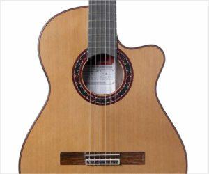 Ramirez Cutaway 2 Studio Guitar