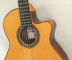 Ramirez Cut 1 Classical Guitar - Cutaway