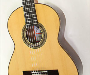 ❌ SOLD ❌ Ramirez RA Solid Top Classical Guitar