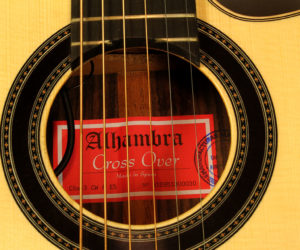 Alhambra Crossover Steel string model - CSS-3 CWA E5