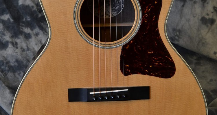 Collings_C10-Deluxe-used_top