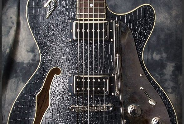 Duesenberg_Starplayer_TV_Outlaw_Top