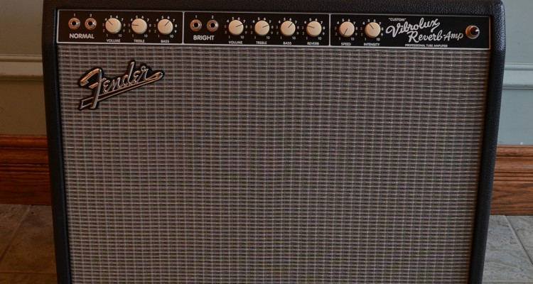 Fender-Custom-Vibrolux-Reverb-2009C