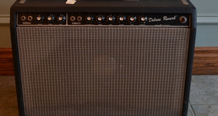 Fender-Deluxe-Reverb-80s-C