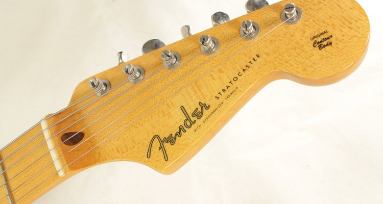 Fender-Eric-Johnson-Sunburst-Stratocaster-2005-head-front-view