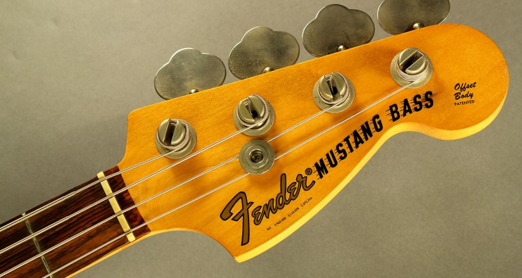 Fender-mustang-bass-1974-cons-head-front-1