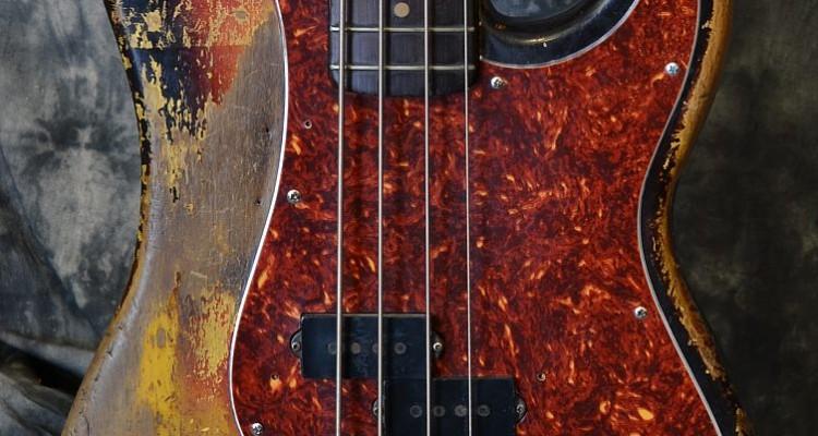 Fender_PBass_64C_top