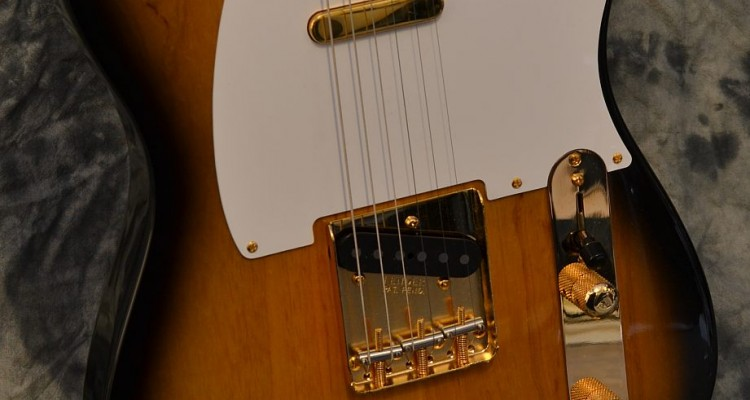 Fender_Tele_Ltd_1998C_top