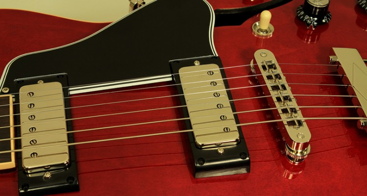 Gibson-ES-390-red-pickups-1