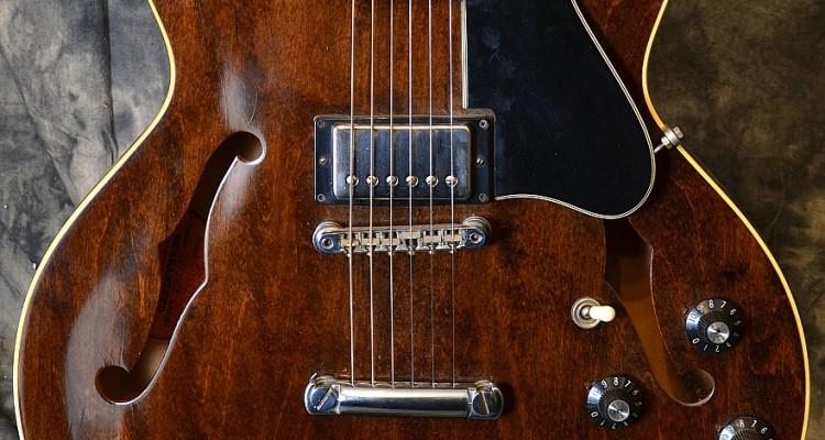 Gibson_ES335_1972C_Top