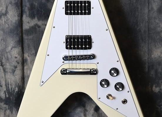 Gibson_Flying-V_White_Top