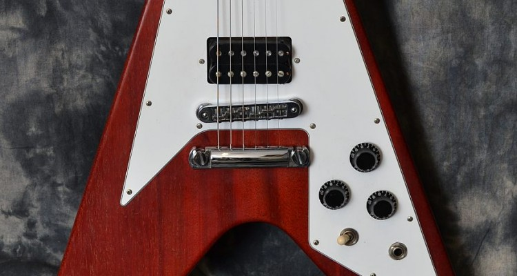 Gibson_FlyingV_Faded_2005C_top