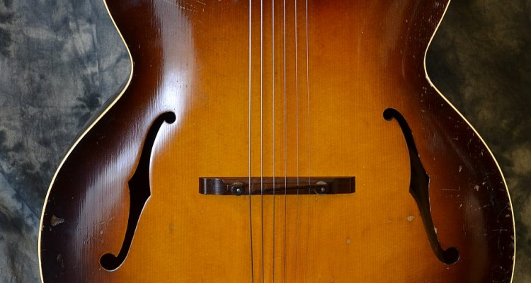Gibson_L-7_1936C-top