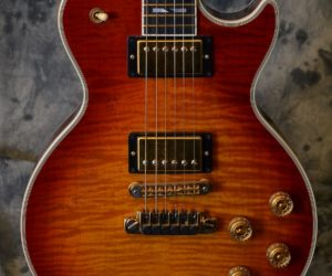 Gibson Les Paul Supreme 2005 (Consignment) SOLD