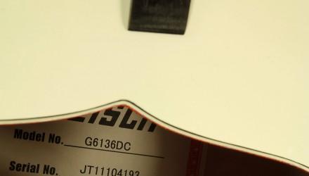 Gretsch-white-falcon-g6136dc-label-1