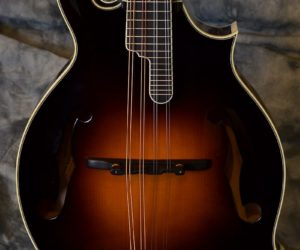 Kentucky KM1500 Mandolin