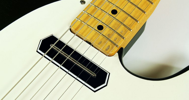 Miller_barncaster_green_2011_cons_neck_pickup_1