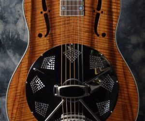 National Koa Estralita Deluxe