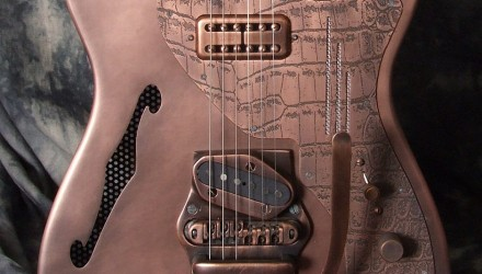 Trussart_Steelcaster_Bigsby_Top