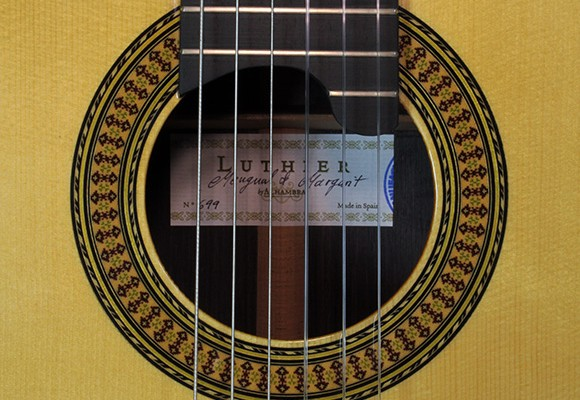alhambra_luthier_india_label_4