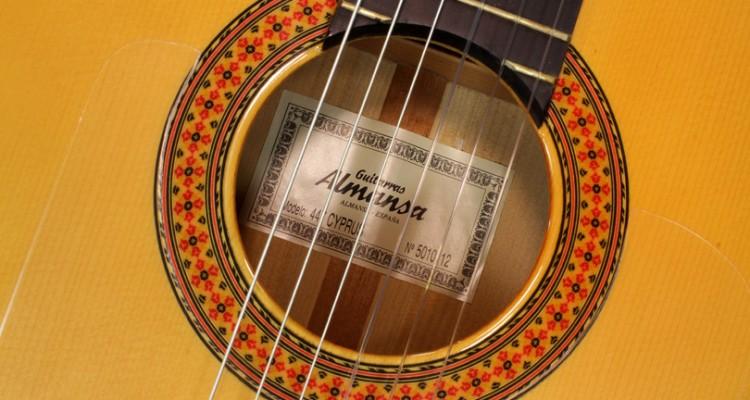 Almansa-Model-447-Cypress-Flamenco-2006-label