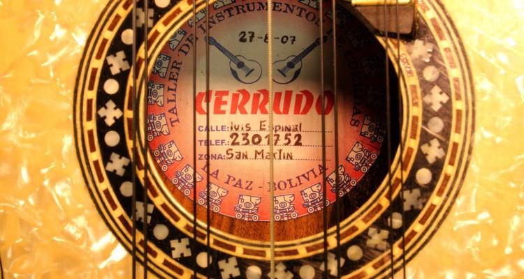 cerrudo_charango_used_label_1