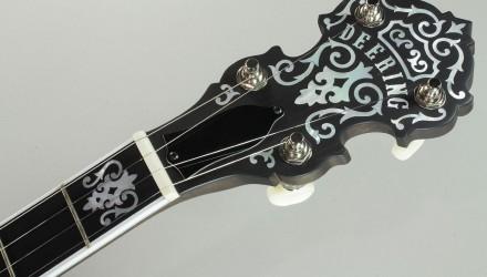Deering-John-Hartford-5-String-Banjo-Head-Front-View