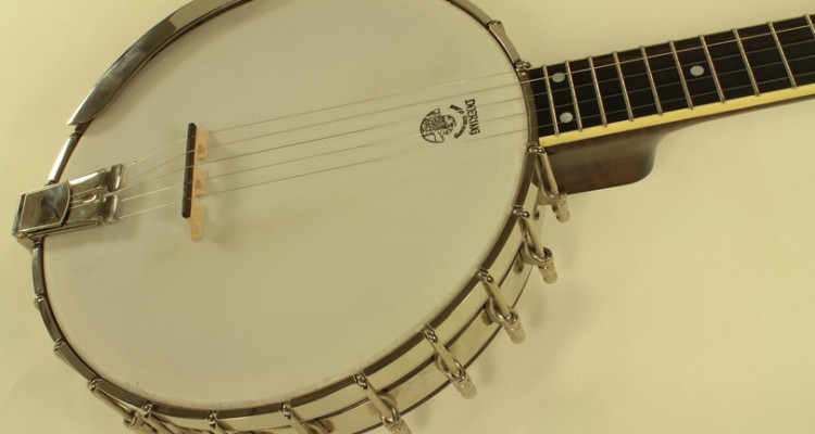 Deering-Vega-Long-Neck-Banjo-top