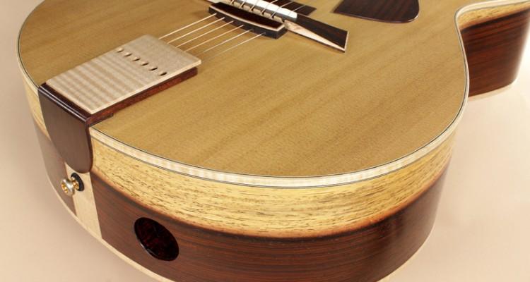 DK-Guitars-Forte-2013-bass-port