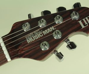 (Discontinued) Ernie Ball Music Man L3 rosewood Neck