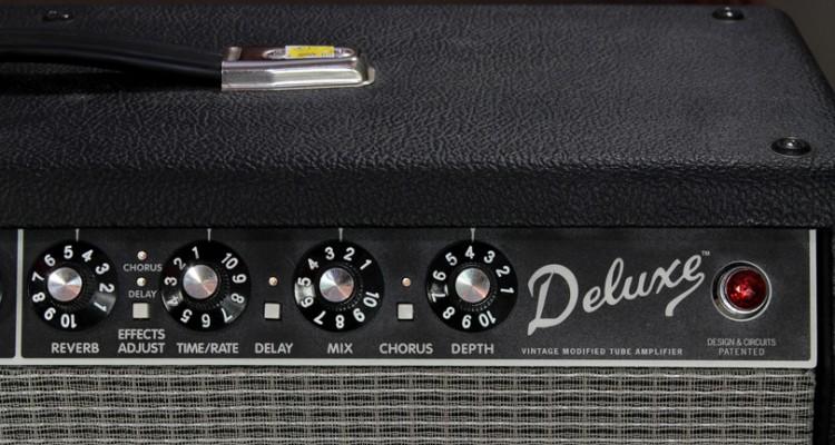 Fender-Deluxe-VM-Amplifier-2005-control-detail