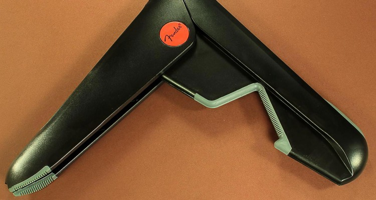 fender-folding-stand-opened-1