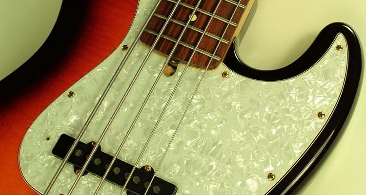 fender-jazz-bass-dlx-5-2006-top-detail-1