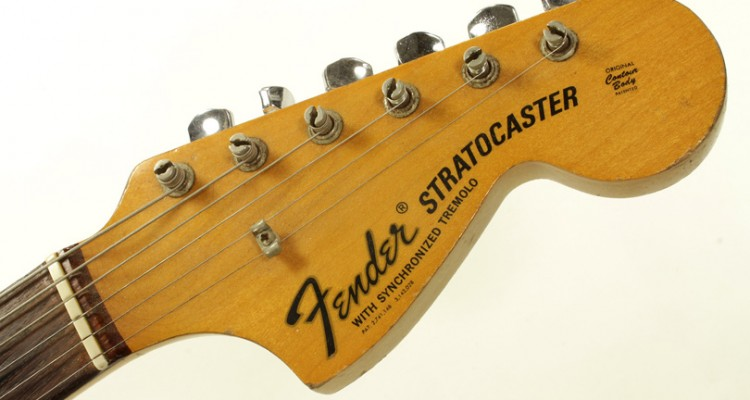 Fender-Stratocaster-Olympic-White-1970-head-front