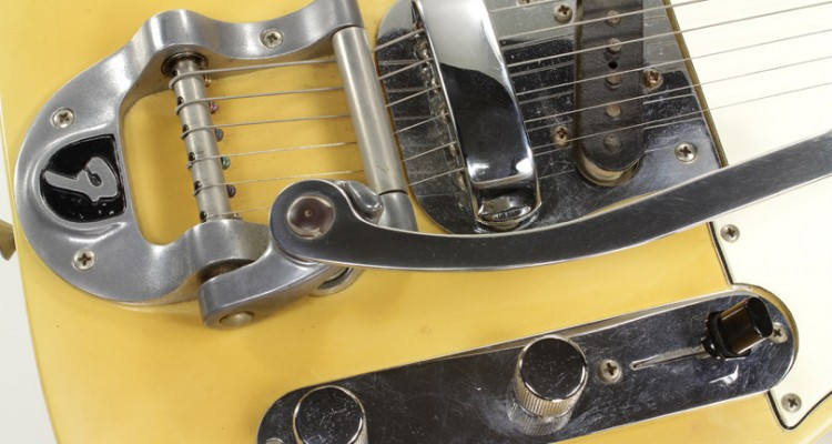 Fender-Telecaster-with-Bigsby-1969-Bigsby